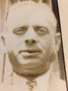Frank Perlman, born 1880 in Poland